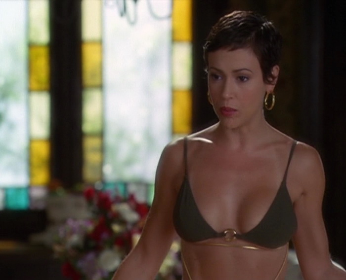 Alyssa Milano – Charmed season 6 (2003)