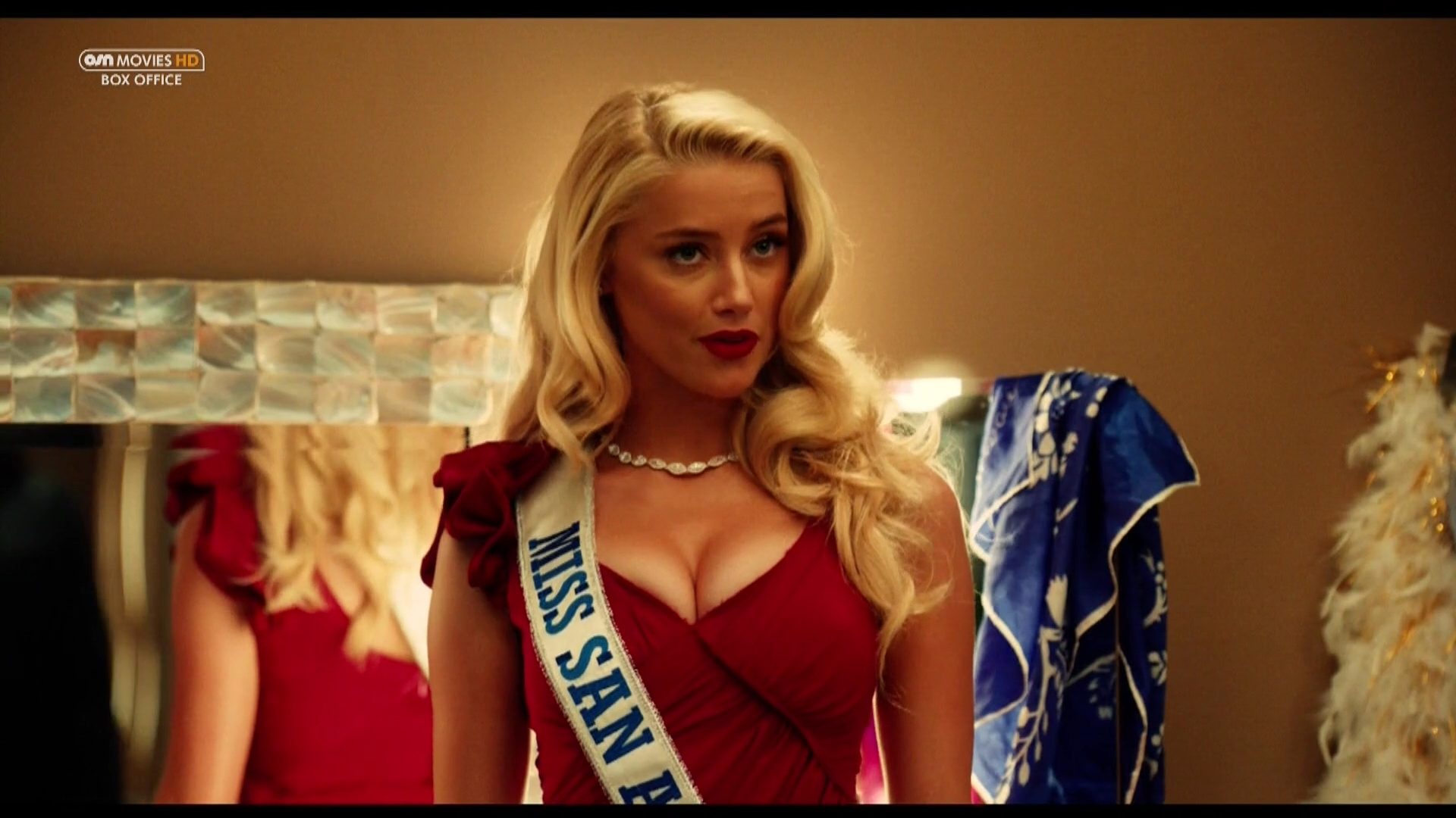 Amber Heard – Machete Kills (2013) HD 1080p