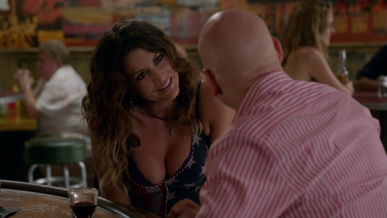 Cerina Vincent – Californication s07e11 (2014) HD 720p