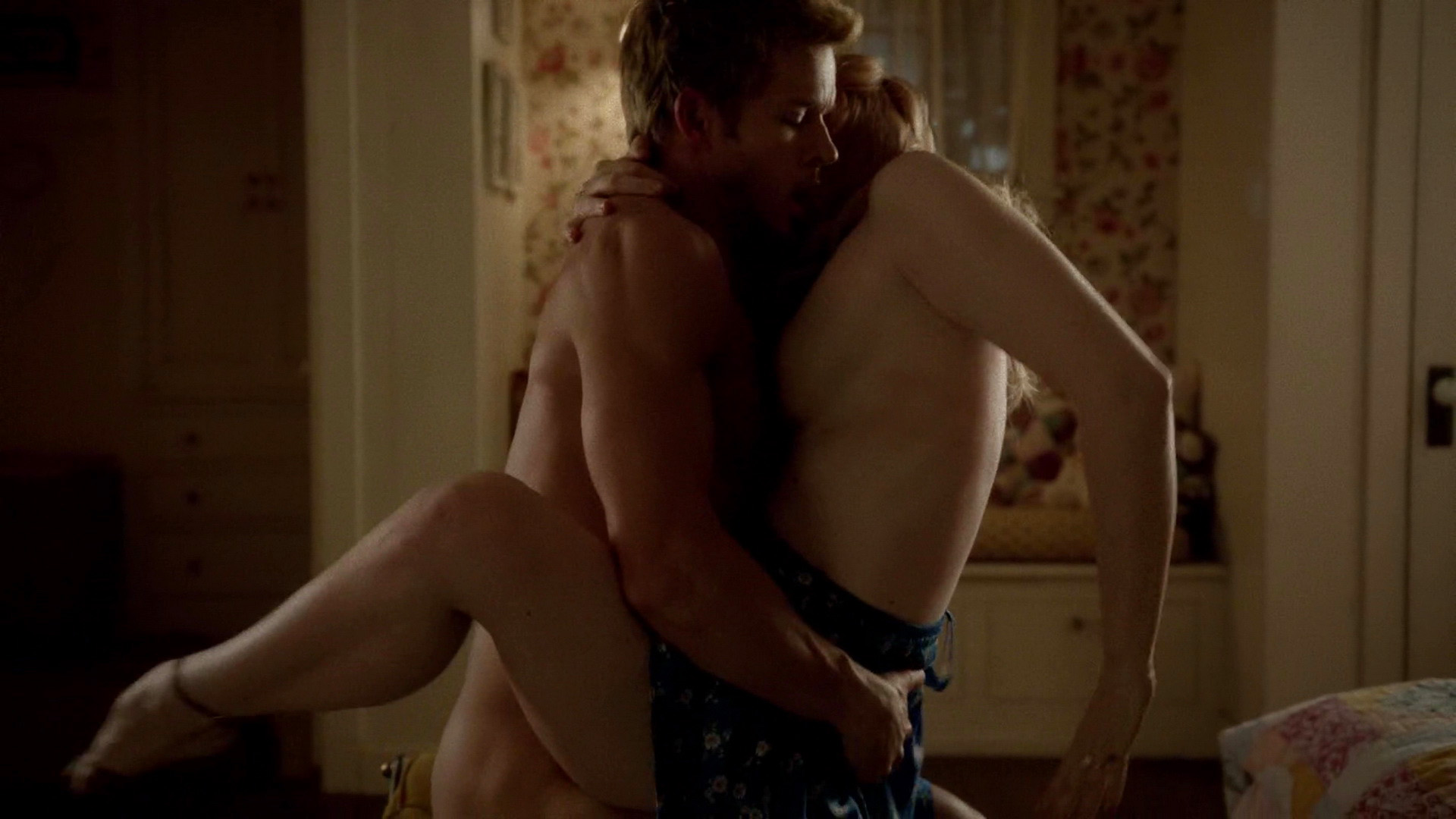 Deborah Ann Woll – True Blood s07e04-05 (2014) HD 1080p