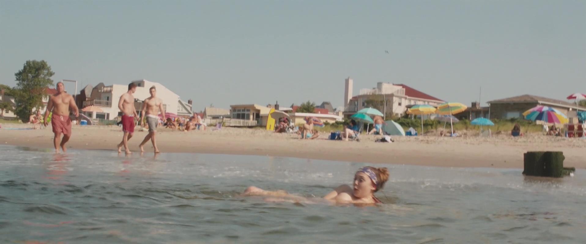 Hot Girl At Nude Beach