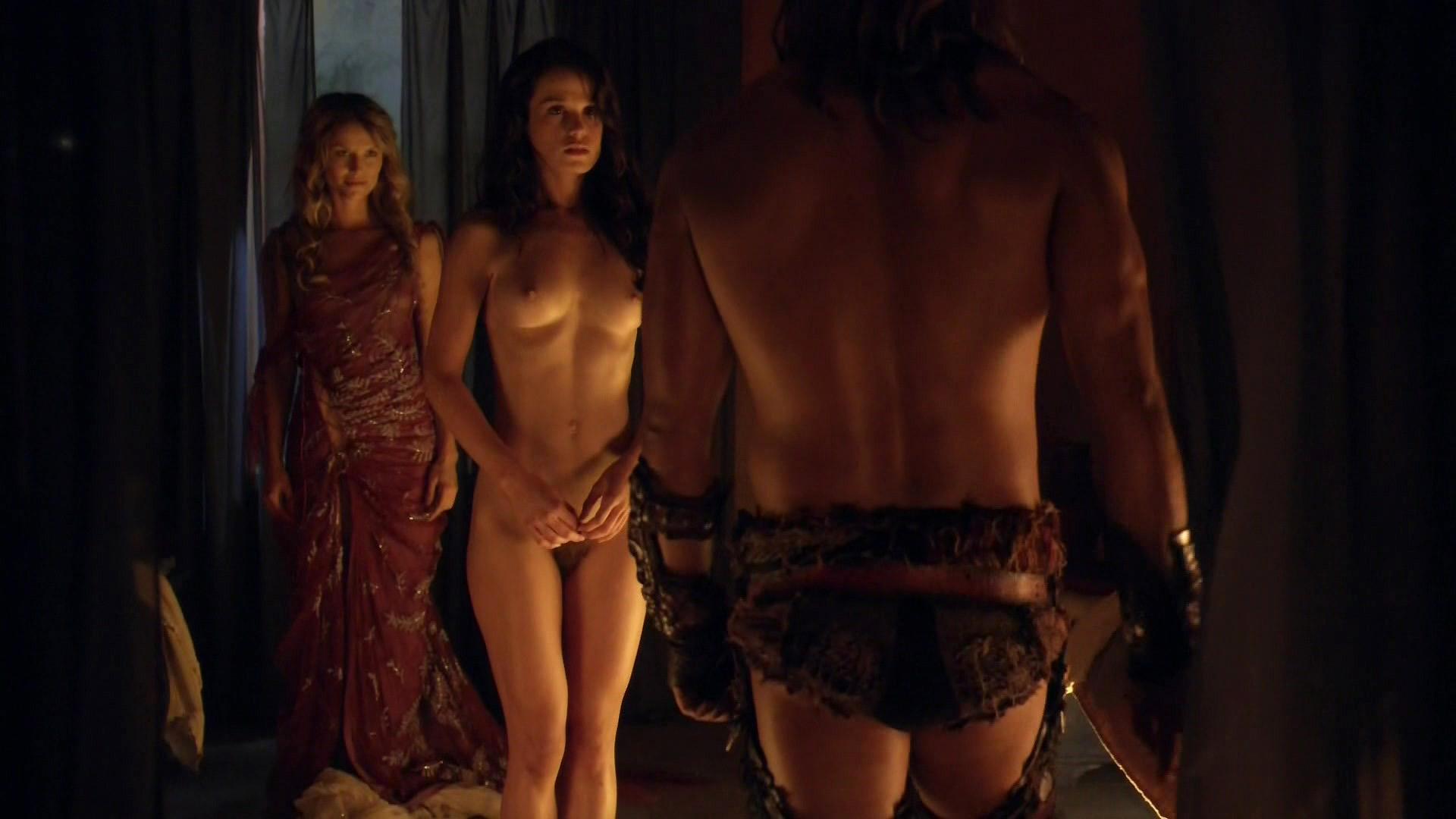 taylor nude Gwendoline spartacus