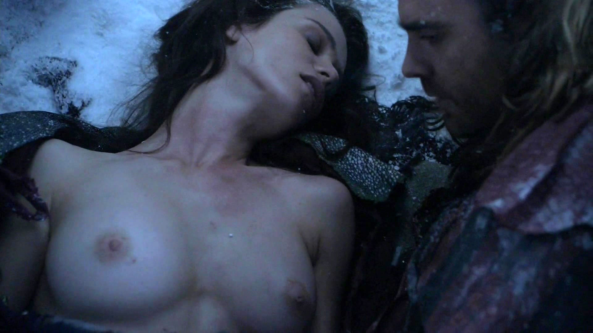 Gwendoline Taylor – Spartacus s03e07 (2013) HD 1080i