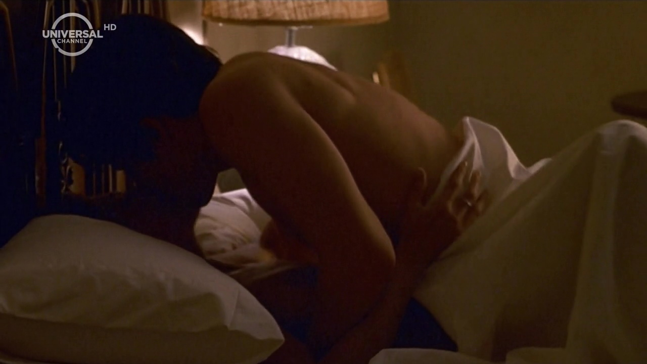 Jennifer aniston sex scene the good girl