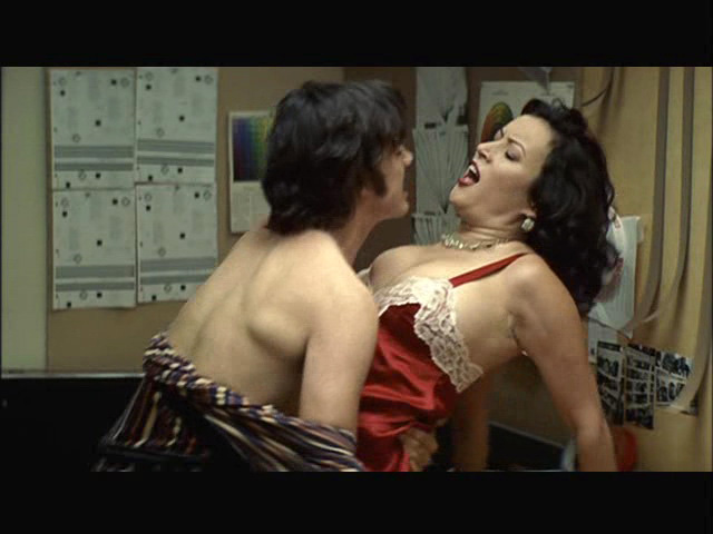 Jennifer Tilly – Hollywood North (2003)