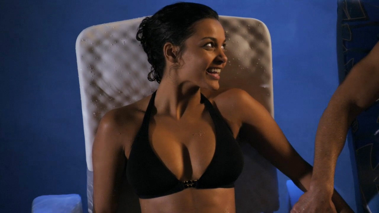 Jessica Lucas – Melrose Place s01 (2009) HD 720p