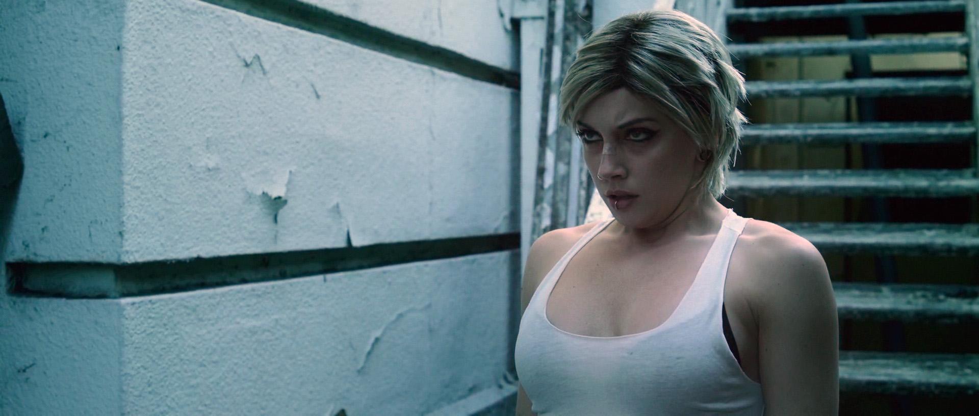 Sara varone boob