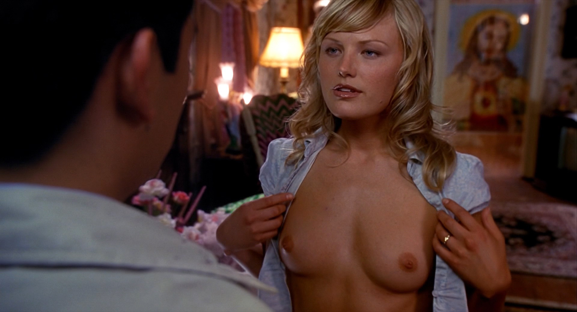 Malin Akerman – Harold and Kumar (2004) HD 1080p