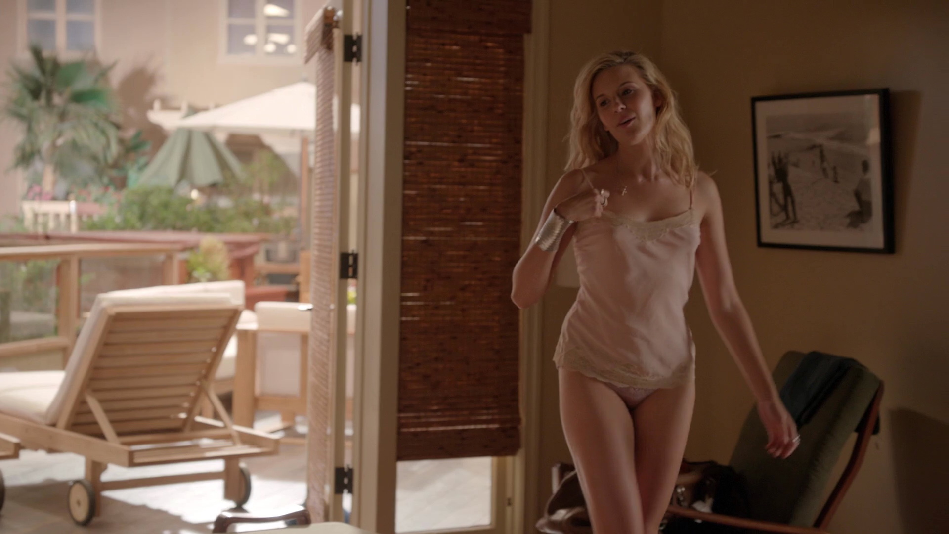 Maggie Grace – Californication s06e12 (2013) HD 1080p