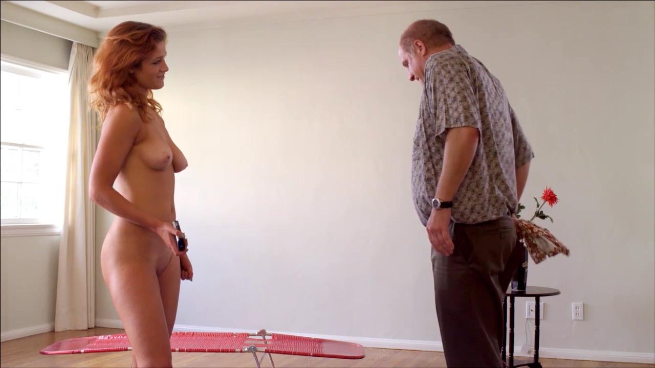 AnnaSophia Robb Topless pics