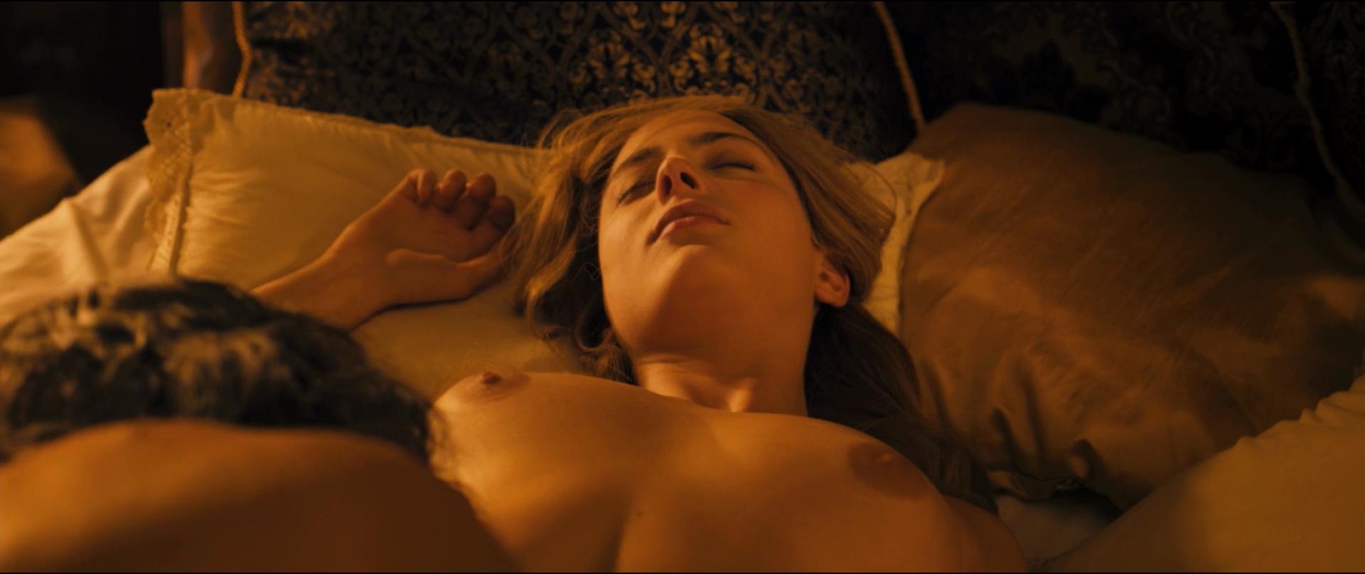 Nora tschirner sex scene