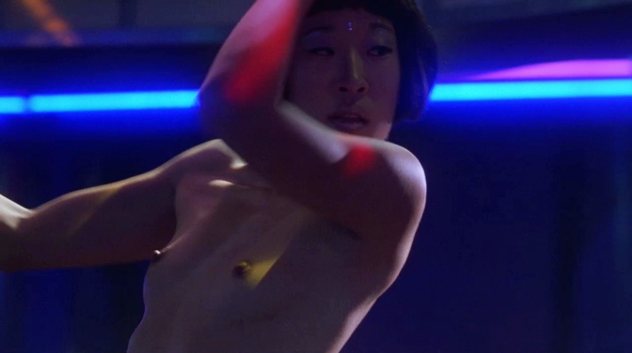 Sandra Oh – Dancing at the Blue Iguana (2000) HD 720p