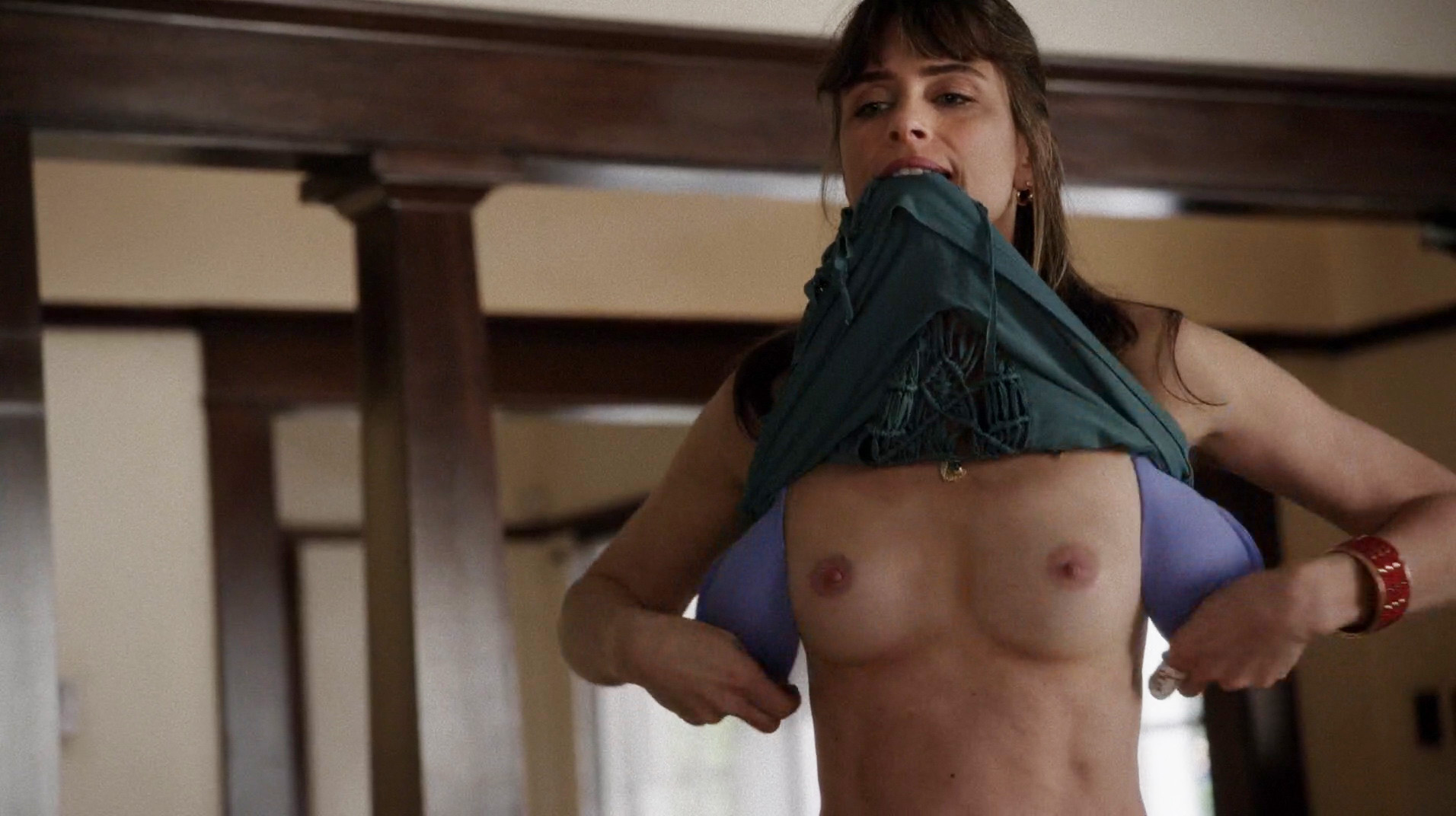 Amanda Peet – Togetherness s01 (2015) HD 1080p