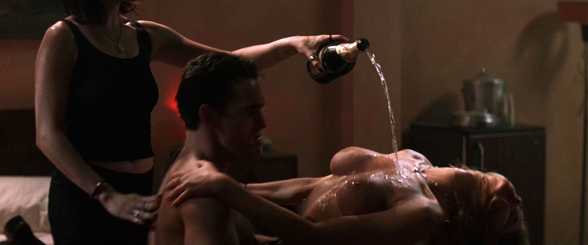 Neve campbell wild things sex scene