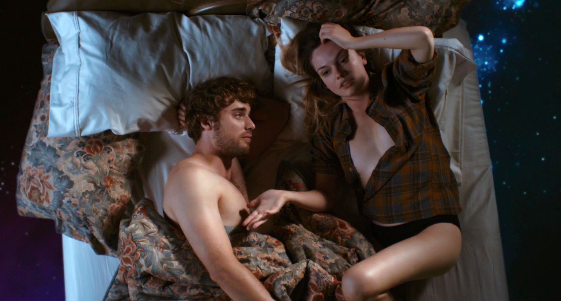 Emily Meade – Me Him Her (2015) HD 1080p