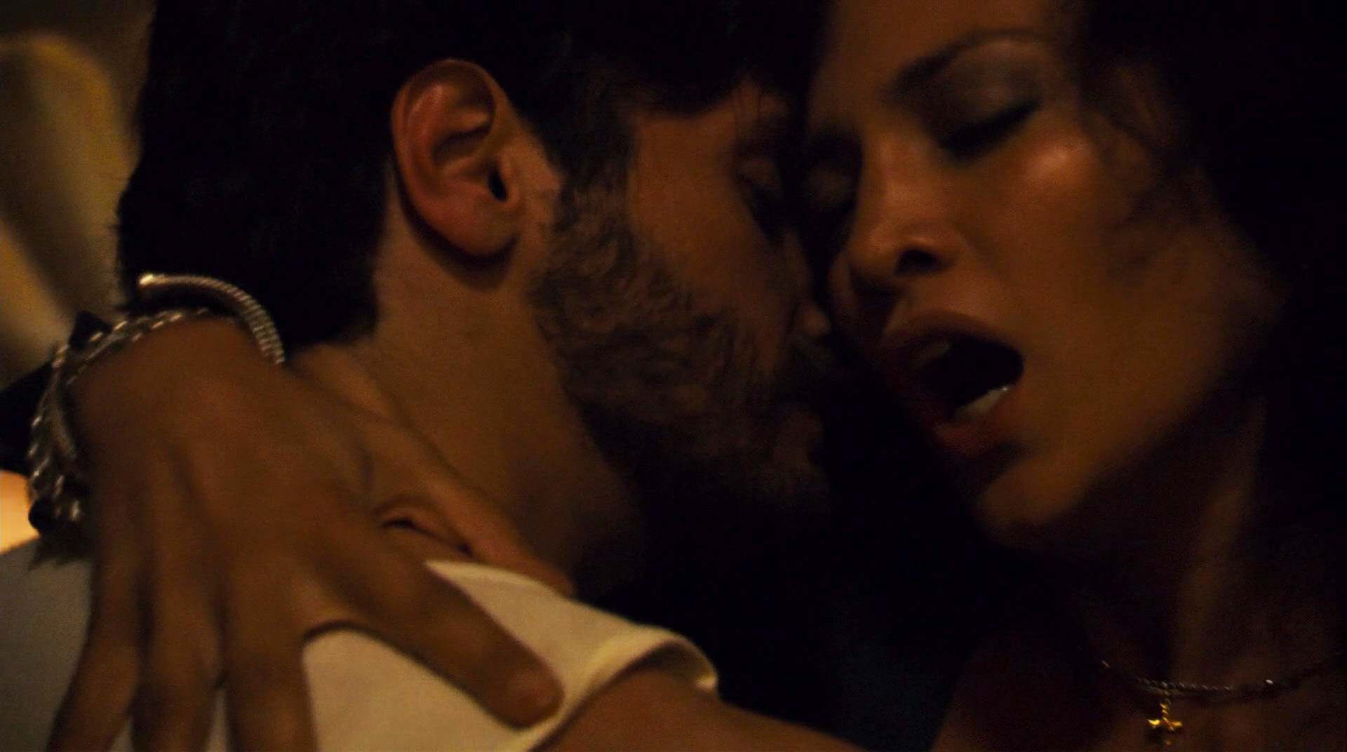 J lo sex scene in anaconda
