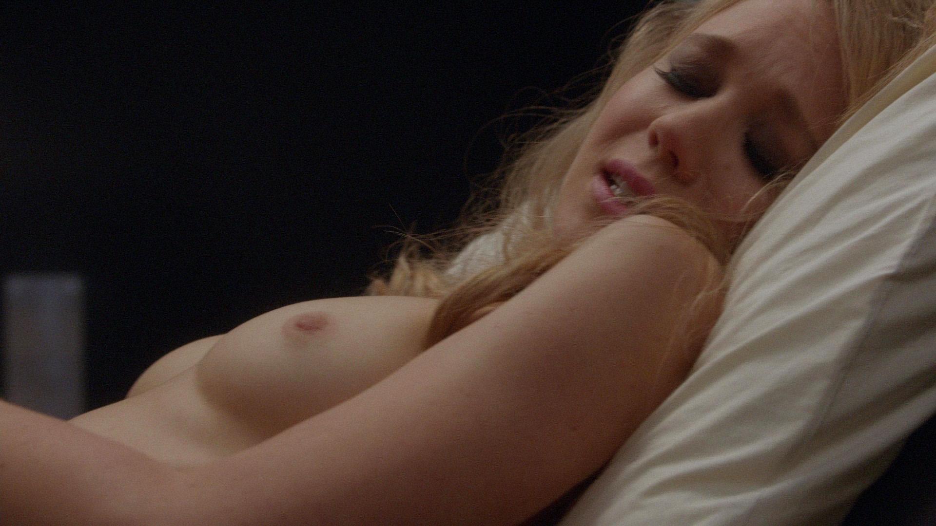 been has nude bell ever Kristen