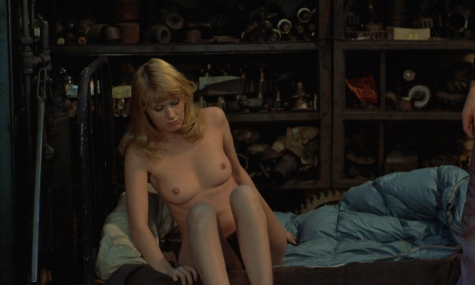 Erotic mature sex tubes