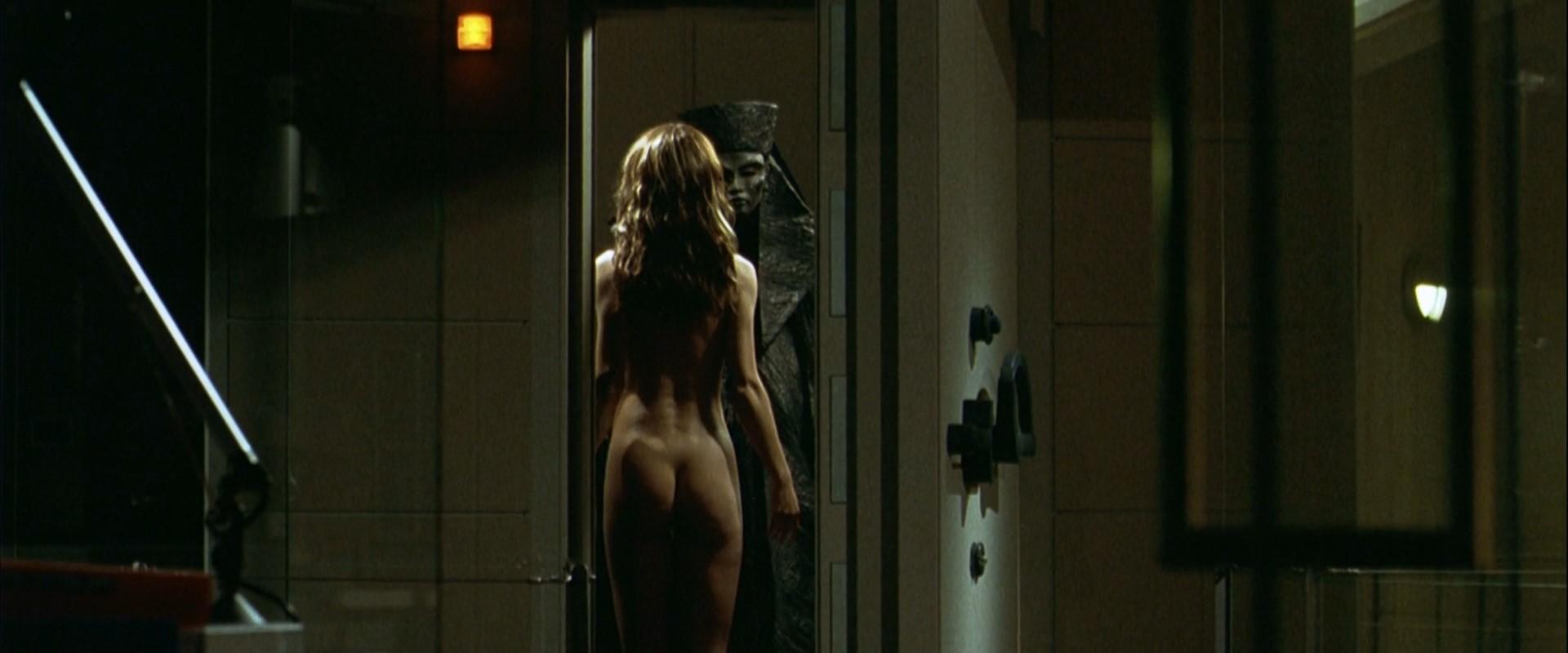 eroticheskiy-prizrak-film-2001