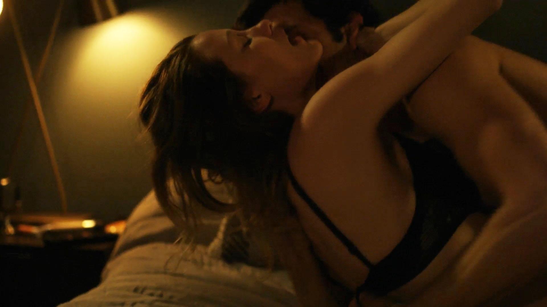 Ashley Hinshaw Sex Scene