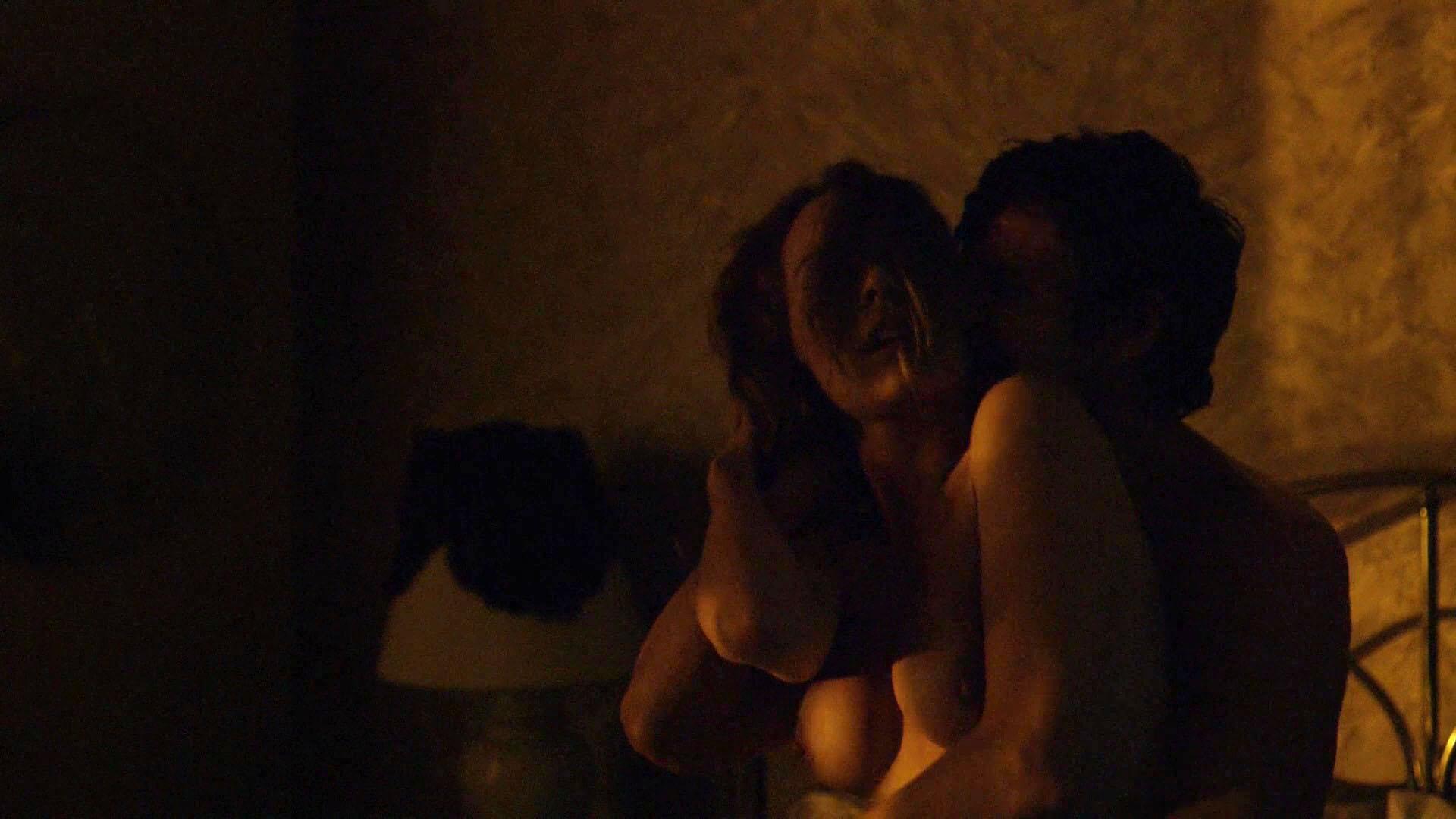 Carolina acevedo topless new photo