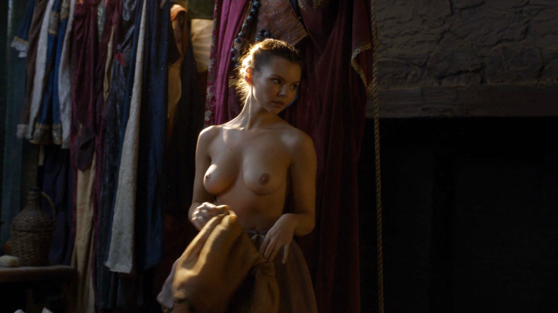 Eline Powell – Game of Thrones s06e05 (2016) HD 1080p