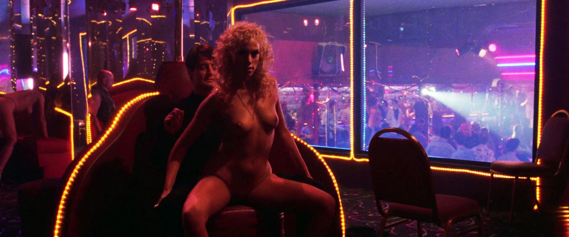 Elizabeth Berkley – Showgirls (1995) HD 1080p