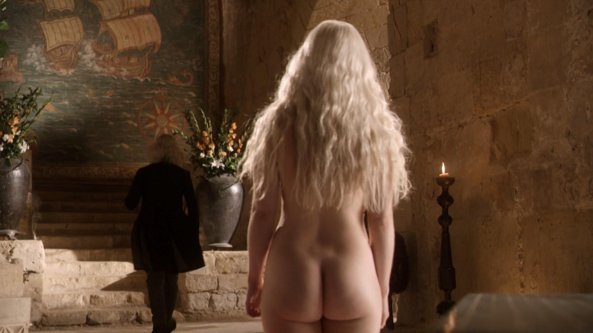 clarke nude Emilia thrones