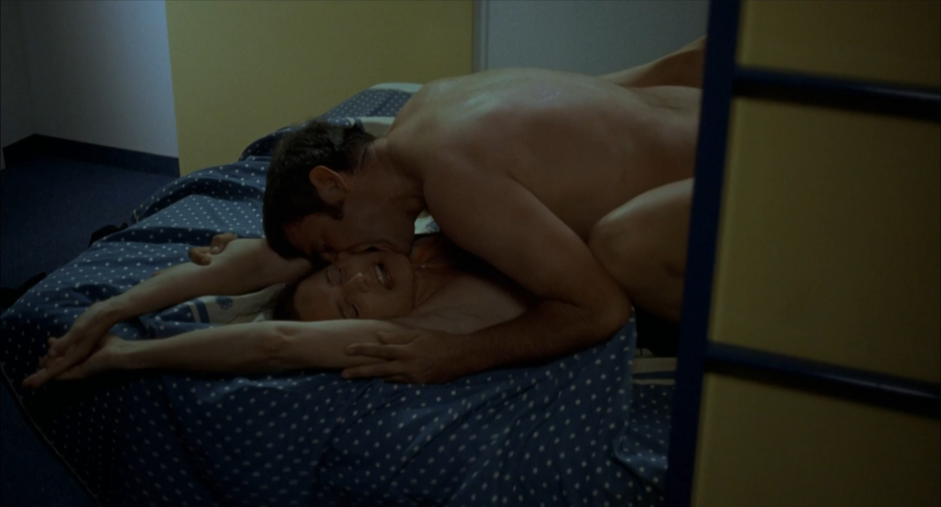 Pictures of johnny knoxville naked