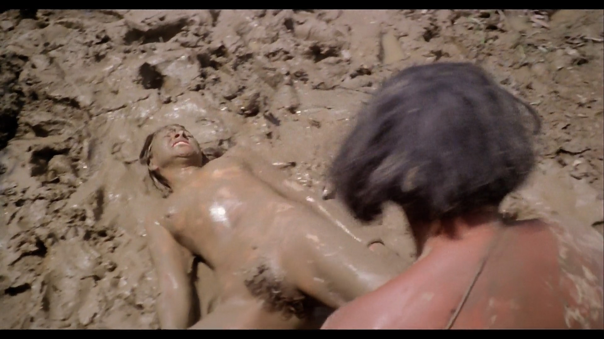 naked Cannibal holocaust