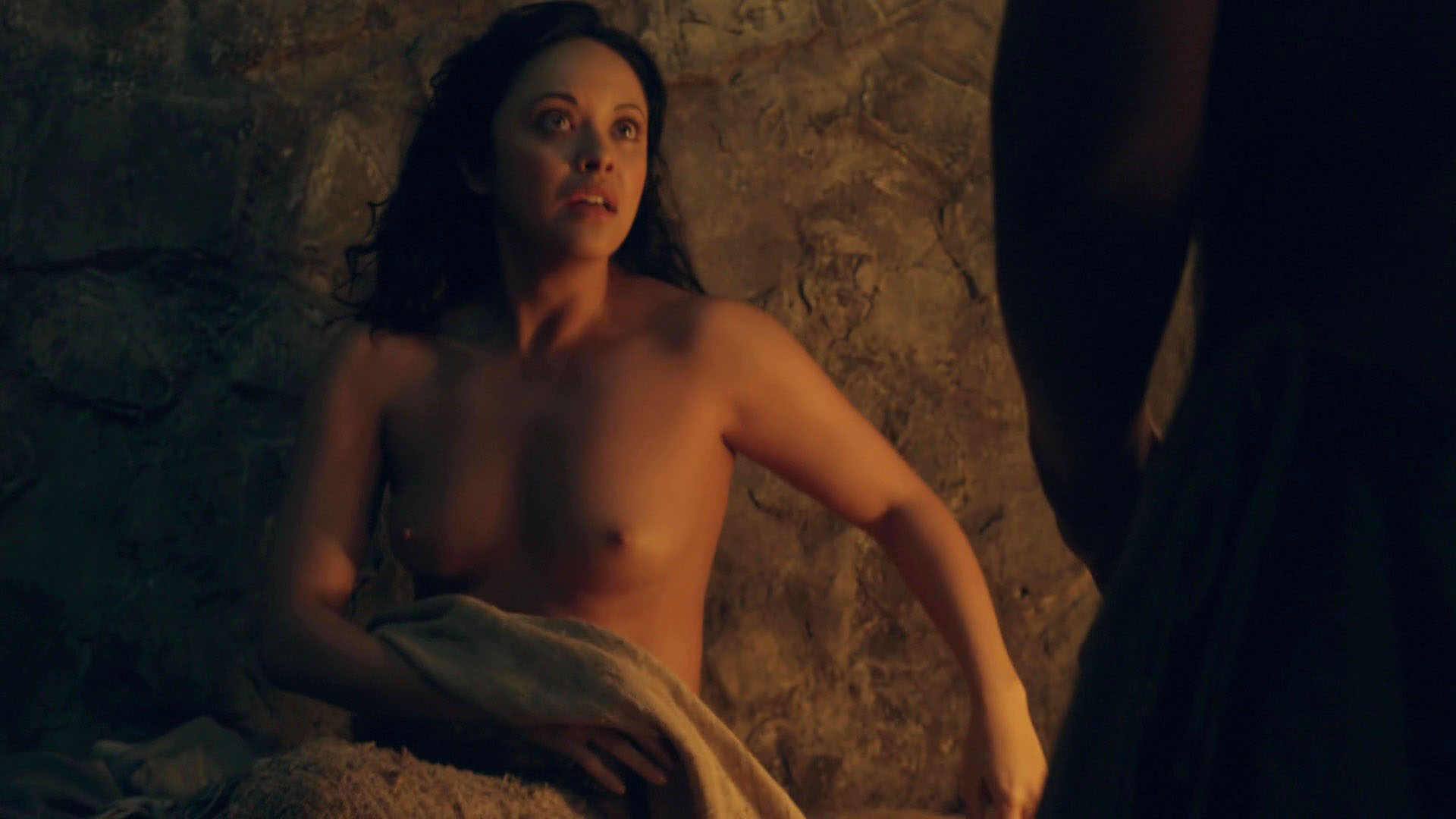 Marisa Ramirez – Spartacus. Gods of the Arena s01e05 (2011) HD 1080p