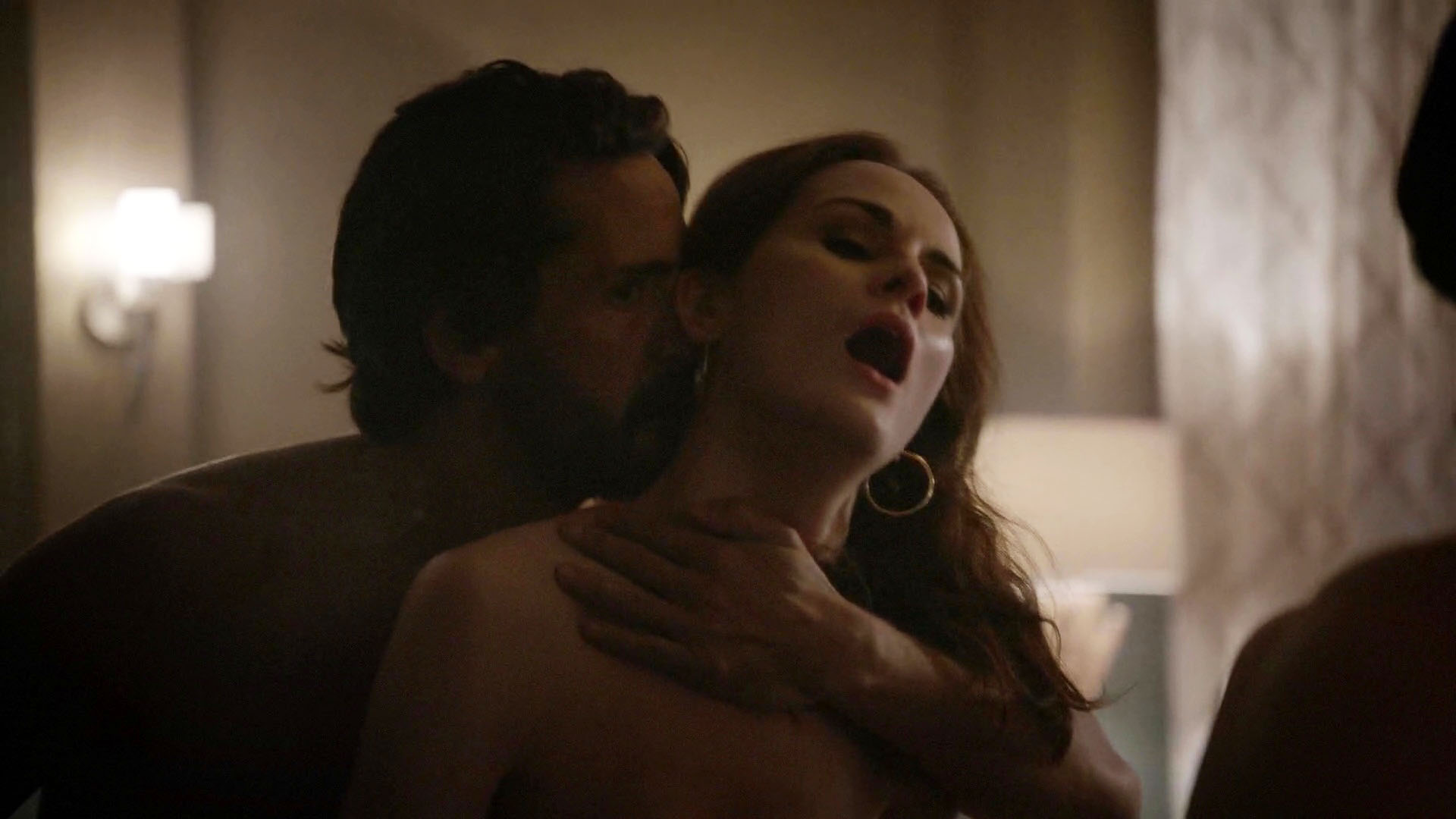 Michelle Dockery – Good Behavior s01e01 (2016) HD 1080p