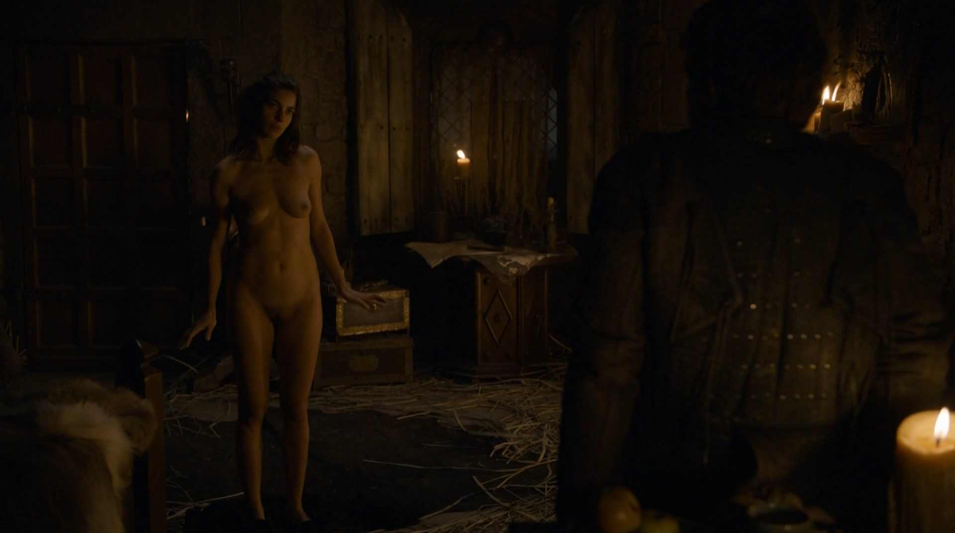 Natalia Tena – Game of Thrones s02e06 (2012) HD 1080p