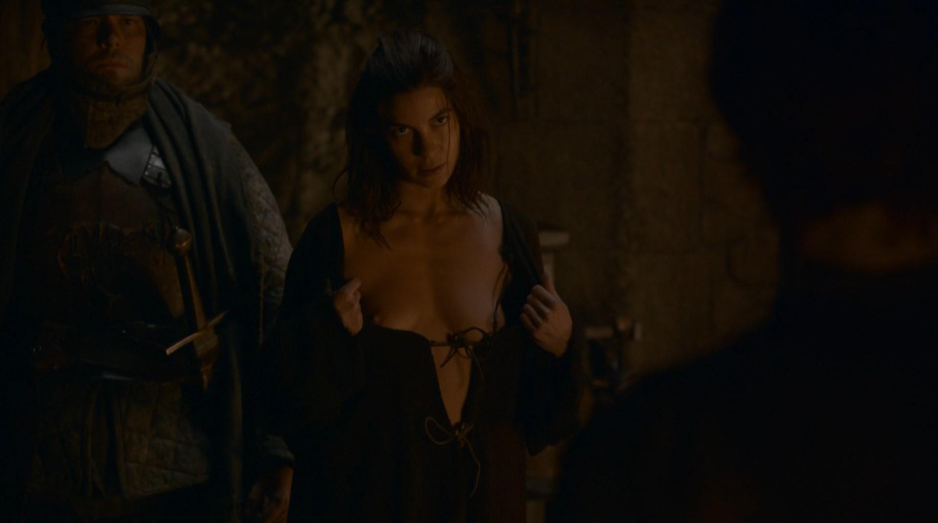 thrones of Natalia tena naked game