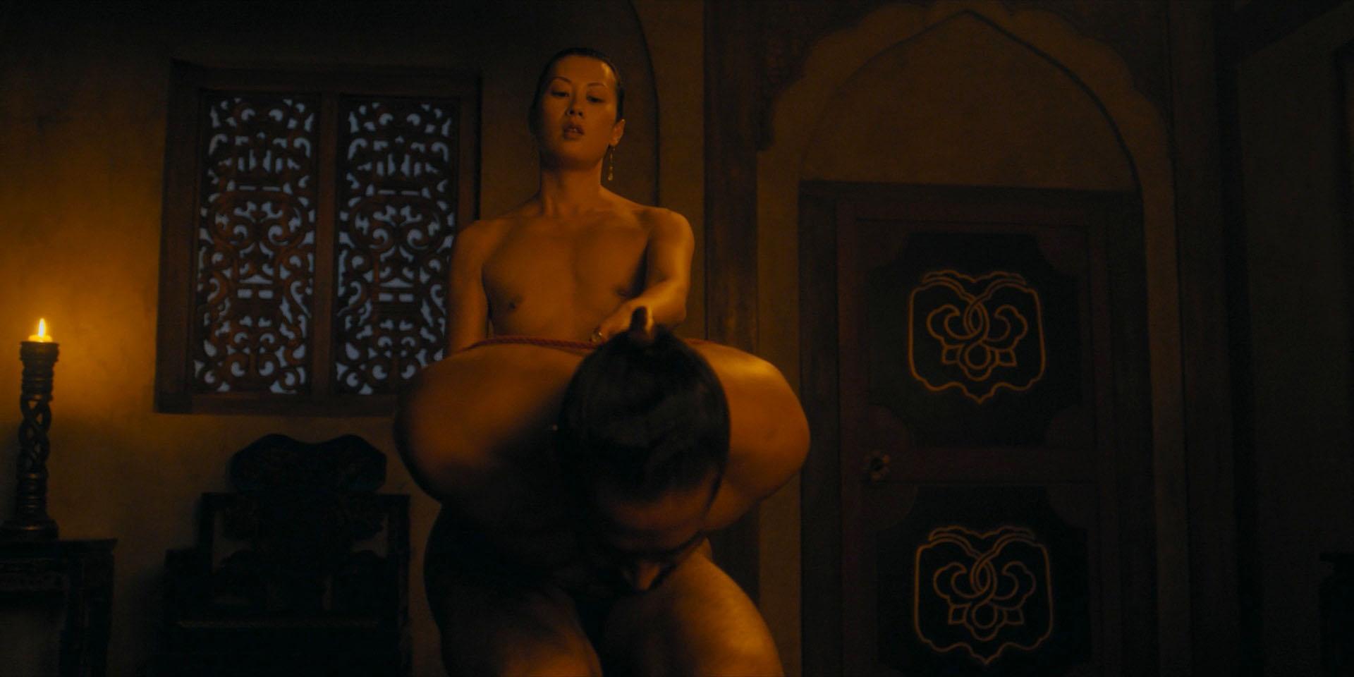 Rough sex bodybuilder