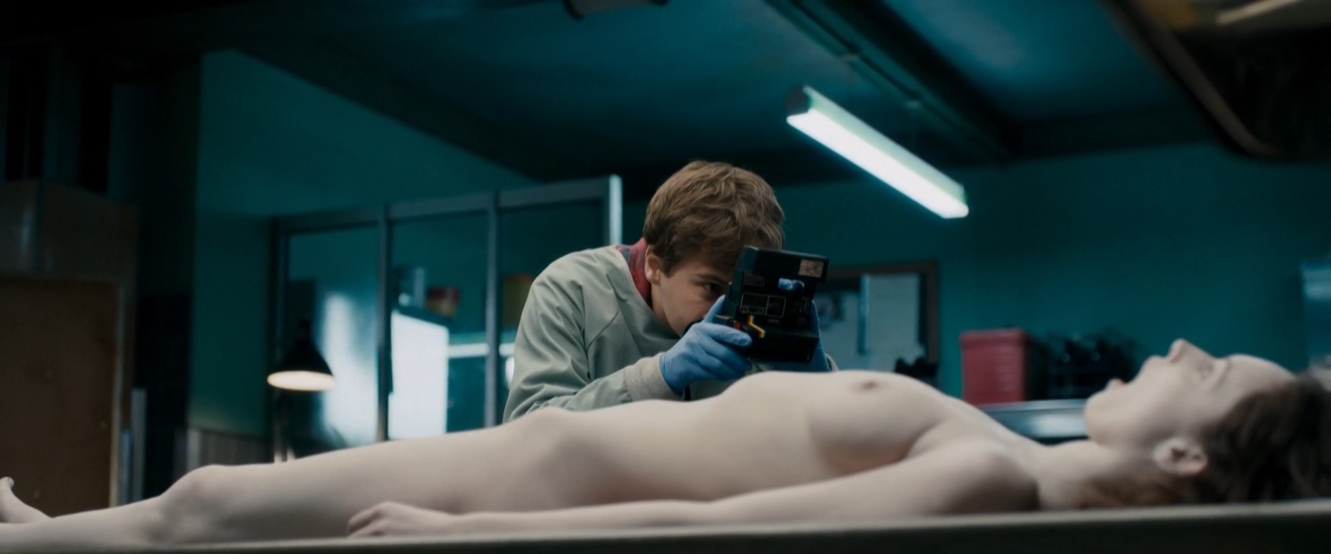 Olwen Catherine Kelly – The Autopsy of Jane Doe (2016) HD 1080p