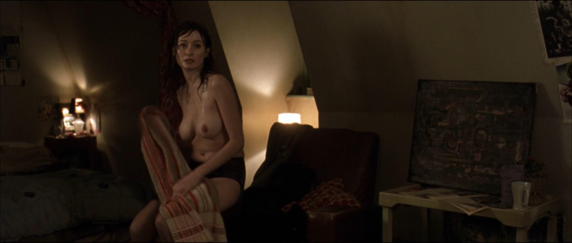 Emily mortimer full frontal nudity
