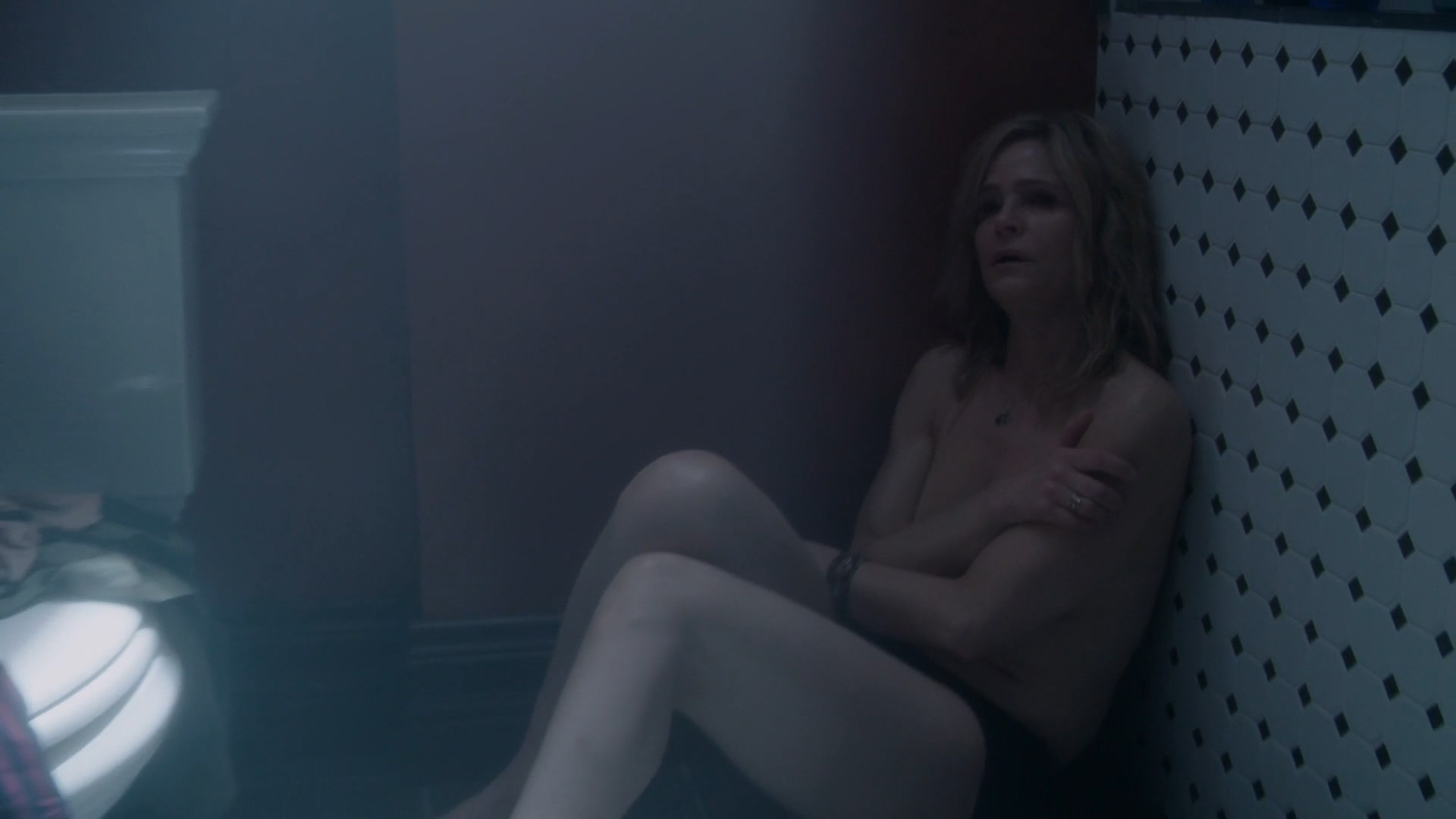 Question Pictures of kyra sedgwick naked something similar