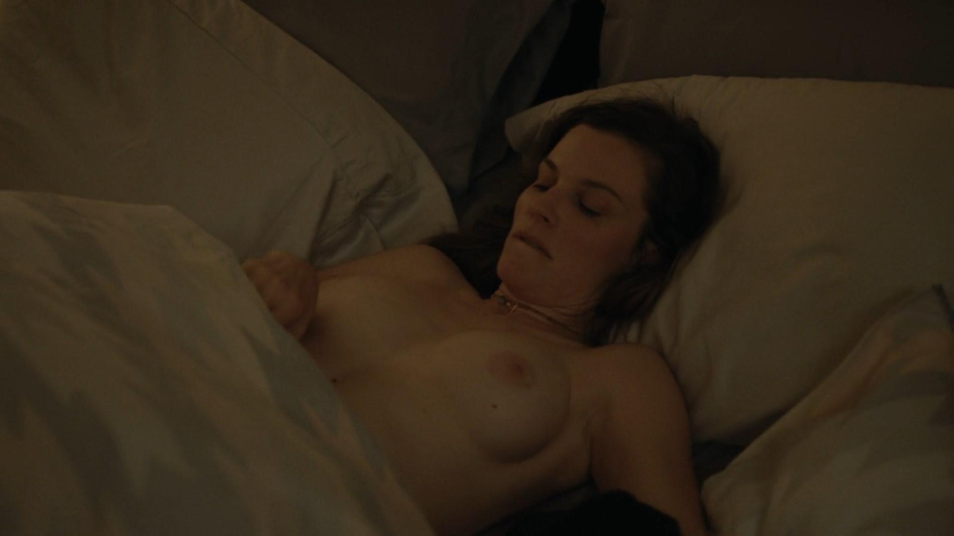 Lola kirke and breeda wool sex in awol scandalplanetcom 3