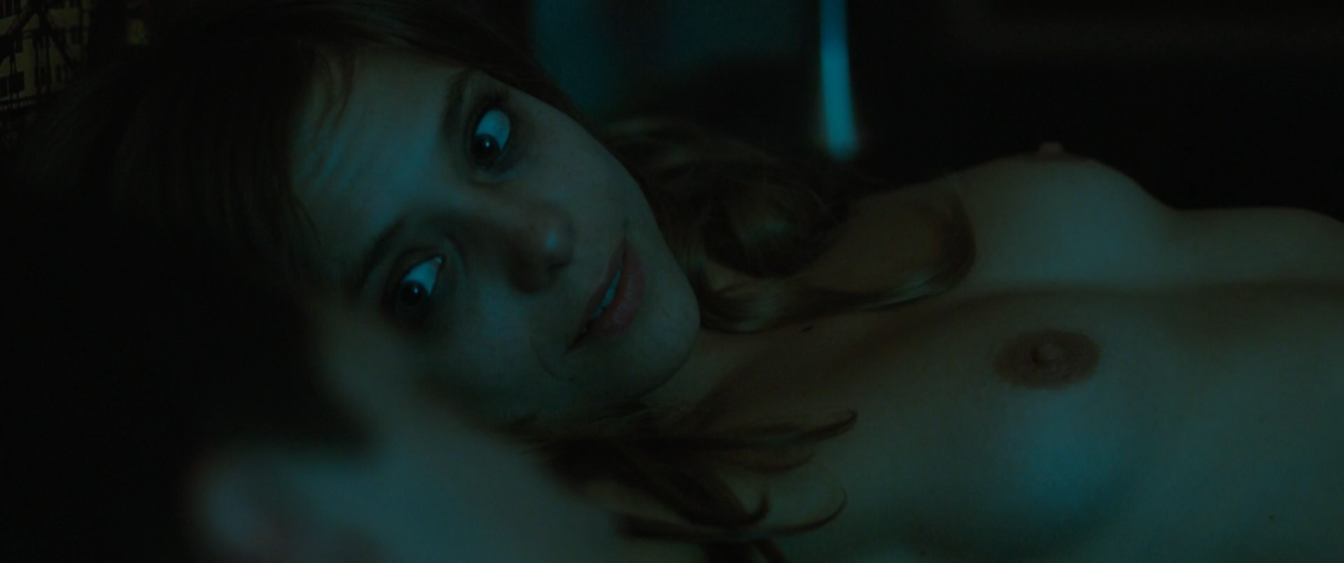Lizzie Brochere – Full Contact (2015) HD 1080p