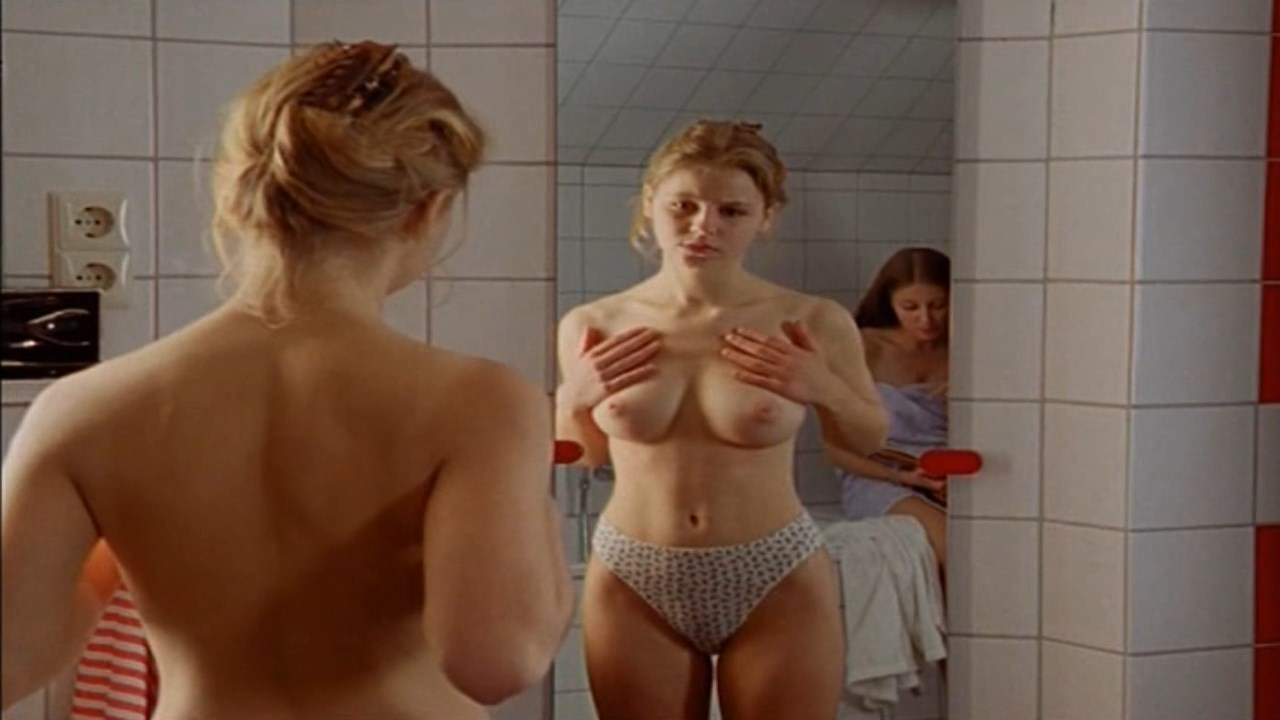 Alexandra lara maria nude