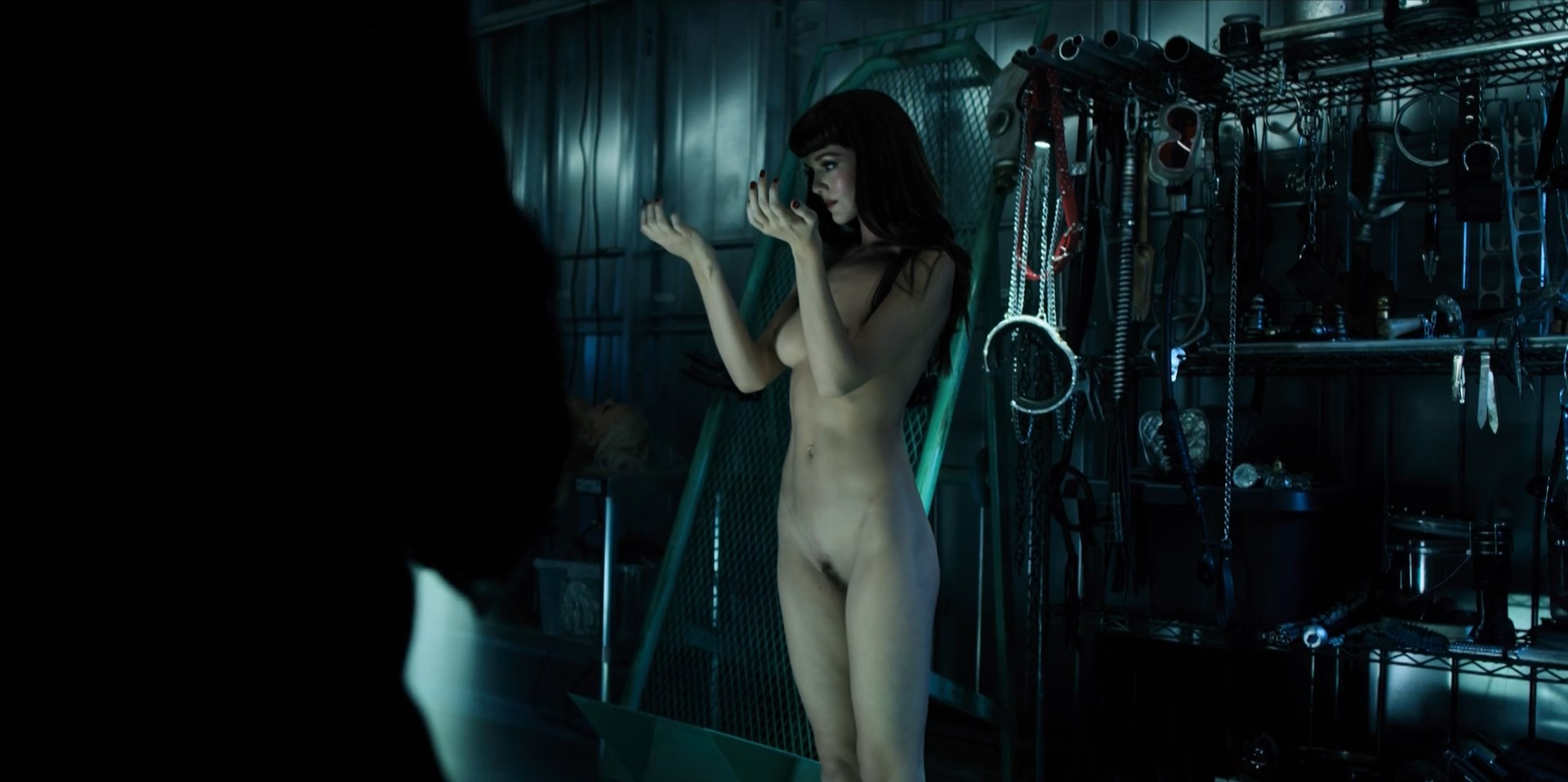 Hannah Rose May, Hayley Law - Altered Carbon s01e09-10 (2018) HD 1080p