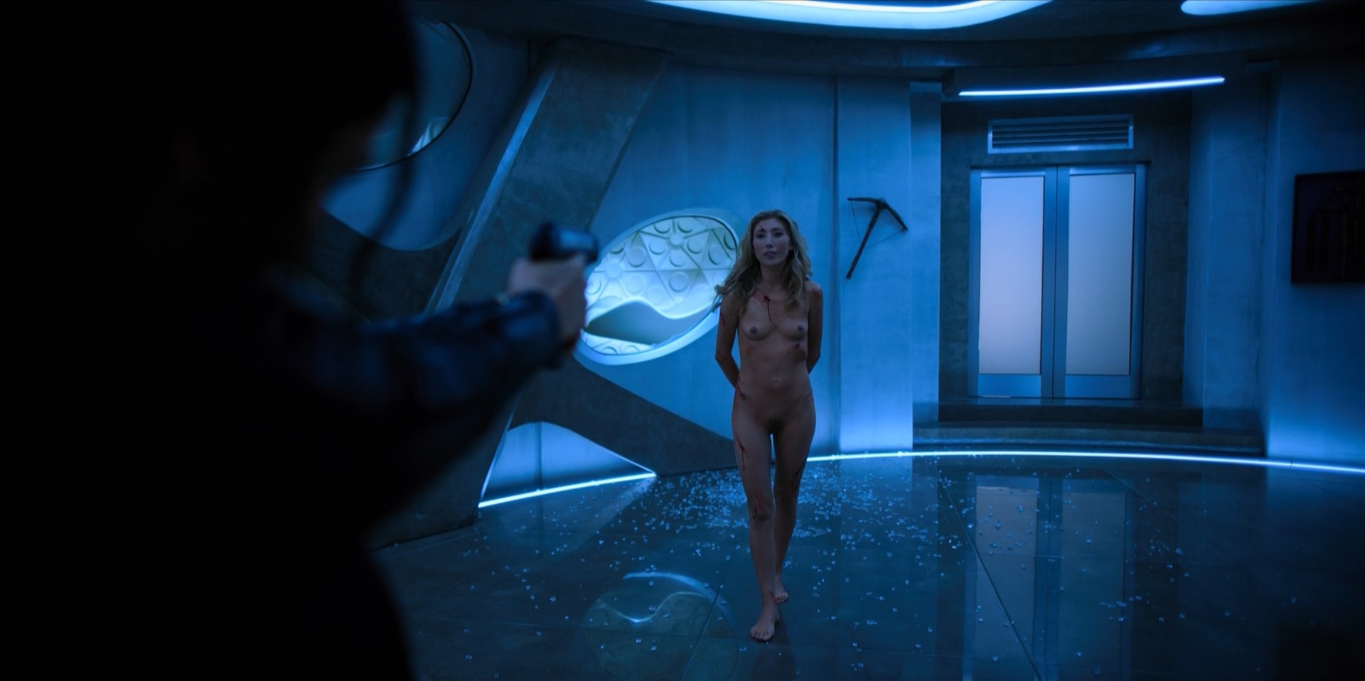 Dichen Lachman - Altered Carbon s01e08 (2018) HD 1080p