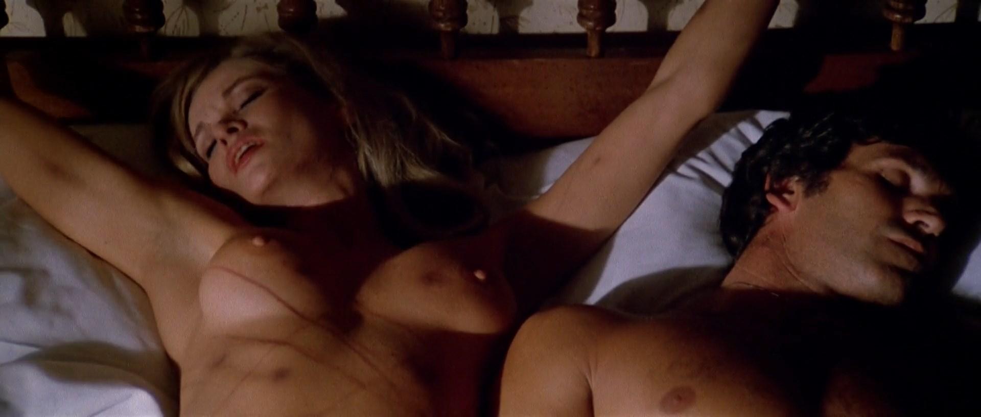 Alexandra delli colli nude