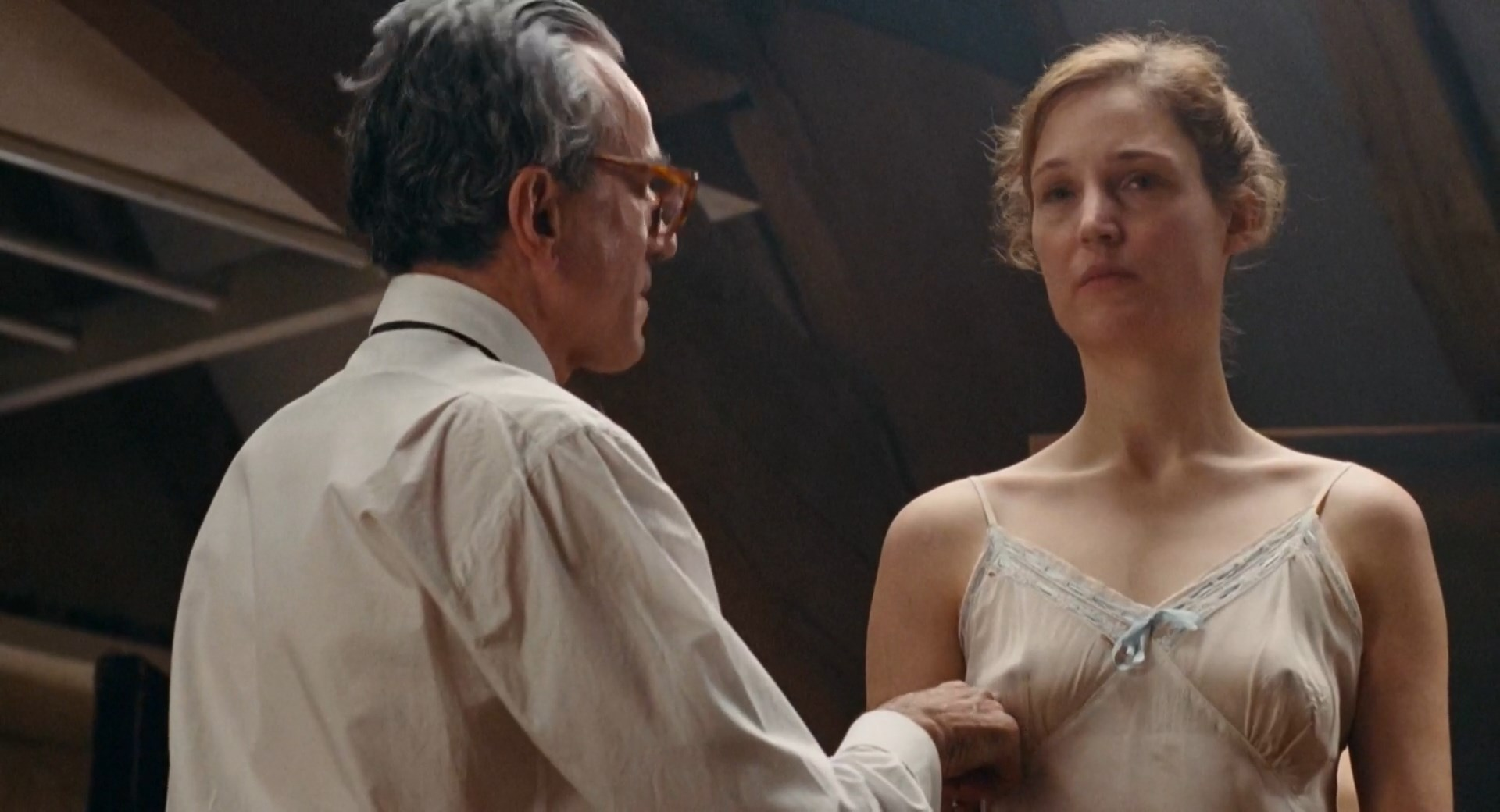 Vicky Krieps - Phantom Thread (2017) HD 1080p