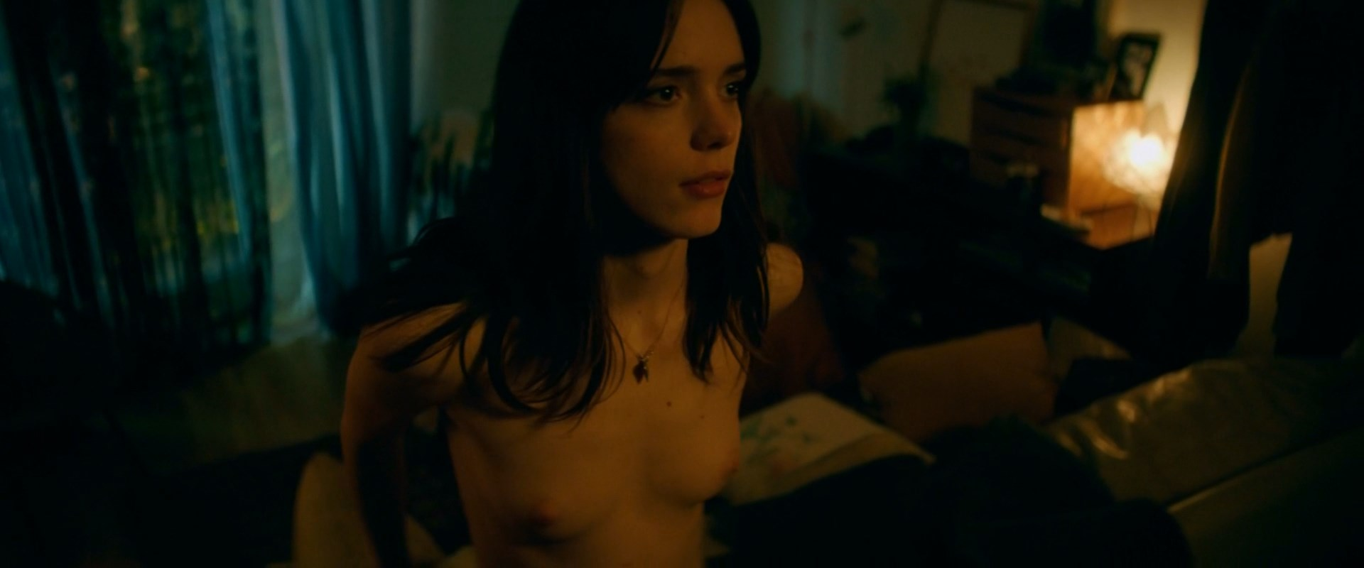 Stacy Martin - Joueurs (2018) HD 1080p