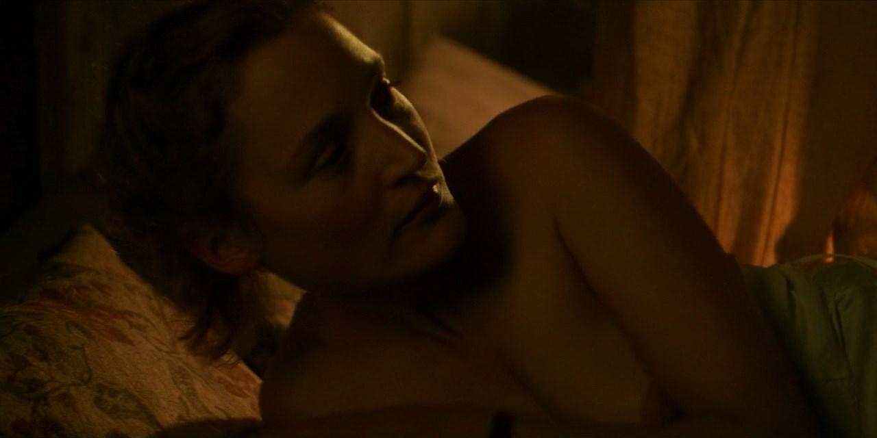 Lizzy Caplan Nude Nudecelebvideo Your Box Of Nude Celebrities