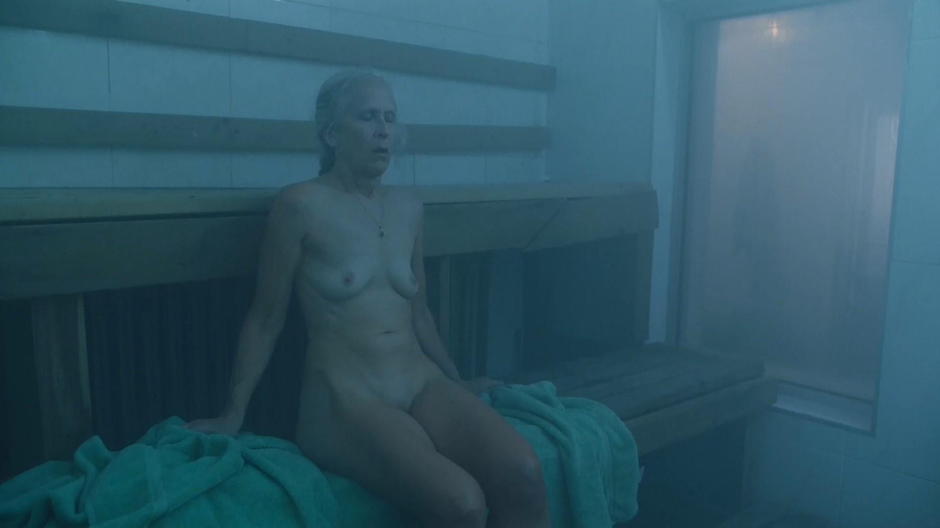 Ella purnell nude
