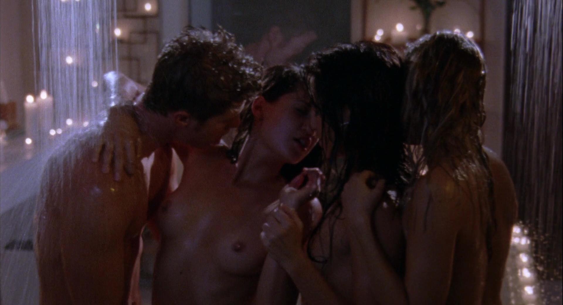 Wild things 3 nude scenes