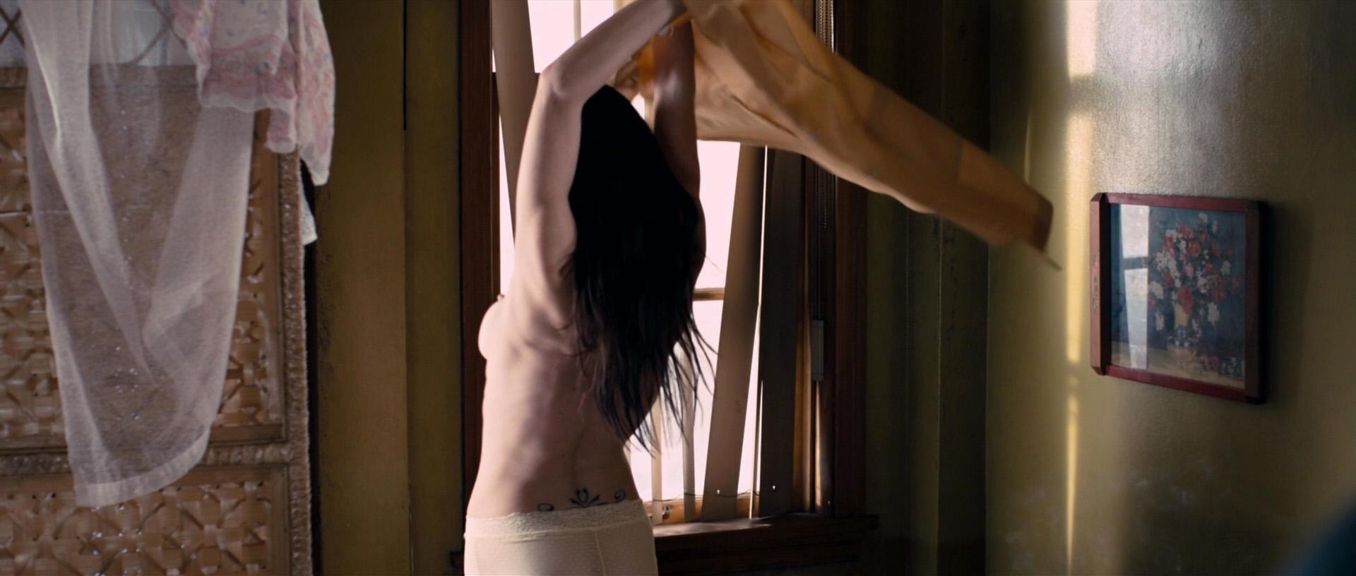 Desnuda lynn collins